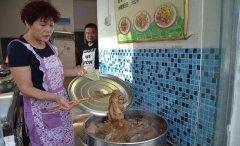 这一张烙馍卷菜在禹州流行三十年外地人都没尝过