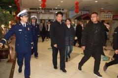 禹州市副市长孟占义带队夜查消防安全工作