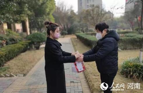 """战""""疫""""情 禹州苌庄90后女孩4小时骑车60公里上班"""
