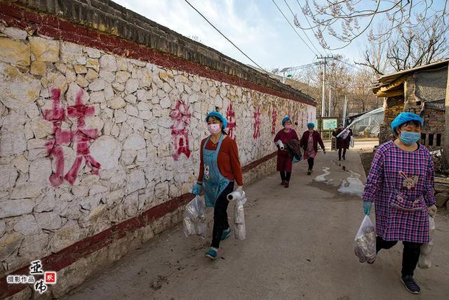 禹州市磨街乡常门村蘑菇种植复工复产