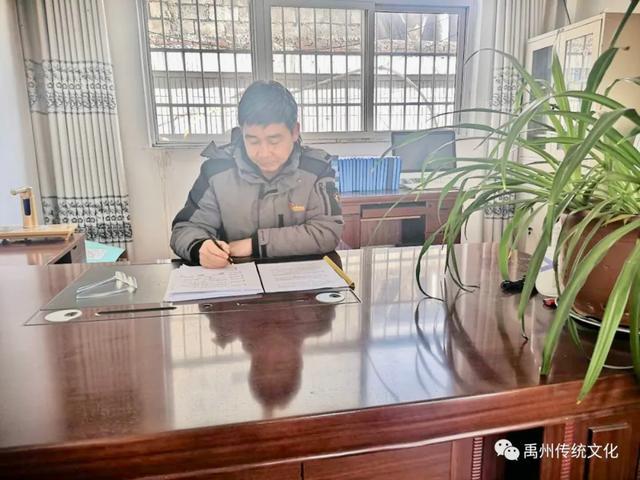 禹州传统文化:他冲锋在疫情防控第一线