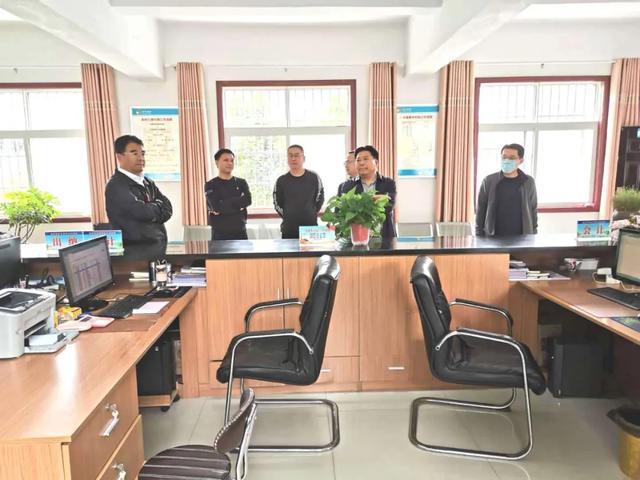 禹州市财政局局长朱云雷到鸠山镇调研指导工作