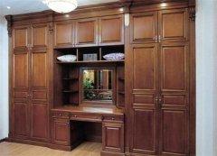 禹州装修:卧室装修时选择实木衣柜订制有哪些优点