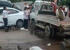 突发!禹州鸠山赵庄路口发生多车事故,现场一片狼藉
