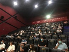 这部有禹州警察参与拍摄的本土喜剧电影全国公映啦!
