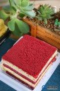 禹州金石星河湾女神节专属福利丨到访即可品尝胖东来网红款红丝绒蛋糕+专属优惠!