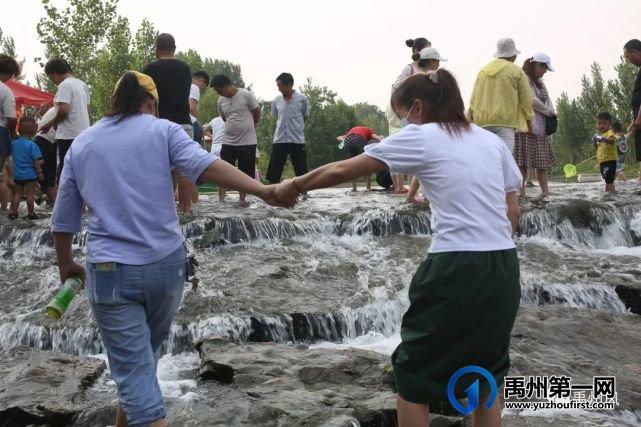 """禹州新增一网红打卡地""""范坡黄果树瀑布"""""""